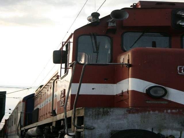 Un barbat a fost lovit mortal de un tren care plecase de putin timp din Gara de Nord