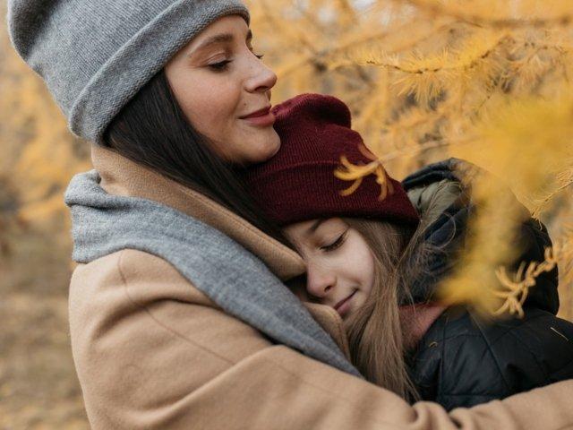 8 motive pentru care mama iti va fi mereu cea mai buna prietena