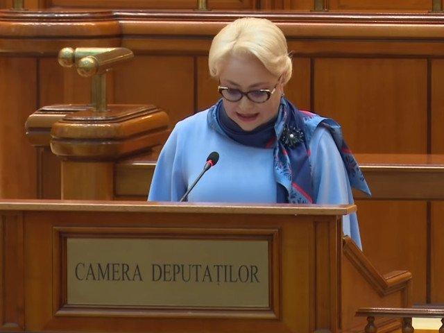 PNL a postat un colaj video cu gafele premierului Dancila: Inclusiv daca citeste de pe foi spune prostii