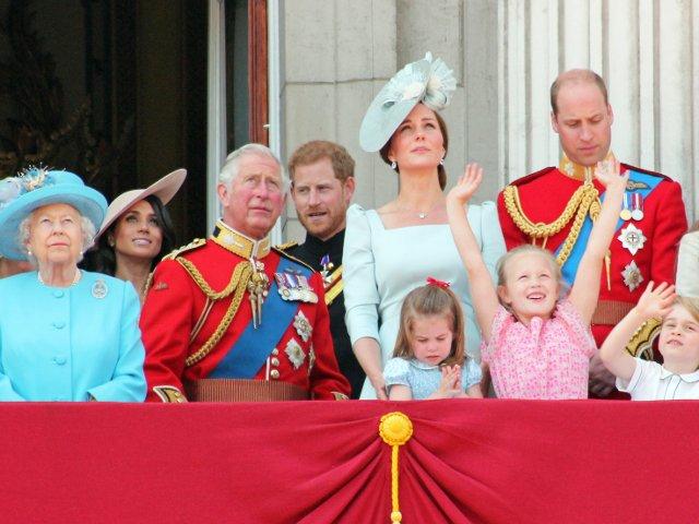 9 mituri despre familia regala britanica carora inca li se mai dau crezare