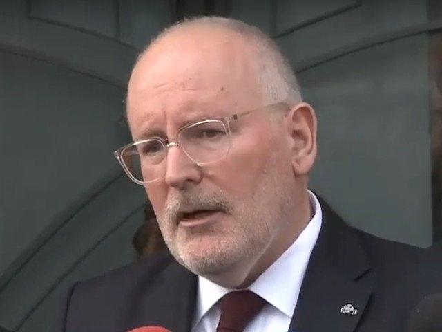 Timmermans: Daca romanii nu intrau in UE, ceea ce Vladimir Putin face acum in Ucraina ar fi facut si in Romania