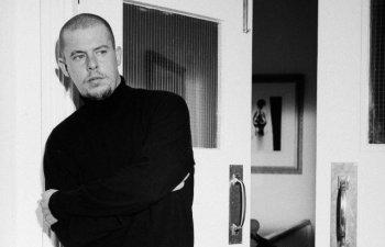 Documentarul despre revolutionarul designer Alexander McQueen, in selectia celei de-a treia editii a Bucharest Fashion Film Festival