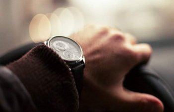 5 ceasuri barbatesti ieftine, dar elegante