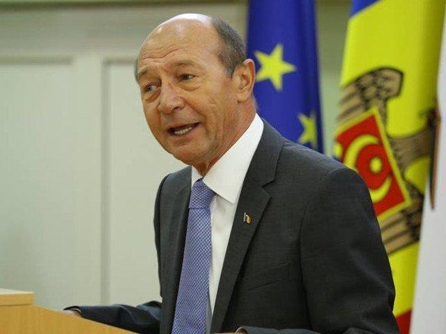 Traian Basescu se declara surprins de optiunea PNL de a-si aduce candidati din afara