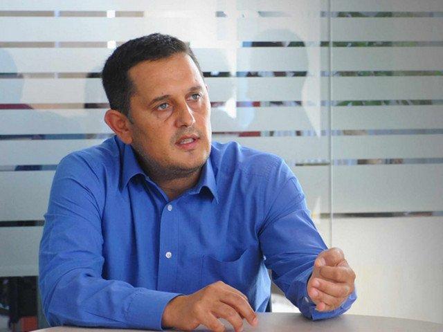 """Avocatul Gheorghe Piperea: PNL isi pune in frunte un cocalar, iar alianta USR - PLUS da mesaje prin """"personalitati"""" ale Facebook-ului"""