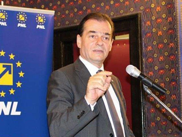 Orban, despre intentia PSD de a legaliza canabisul: Tara arde si Guvernul se piaptana. Oricum astia se comporta ca si cum ar fi servit canabis