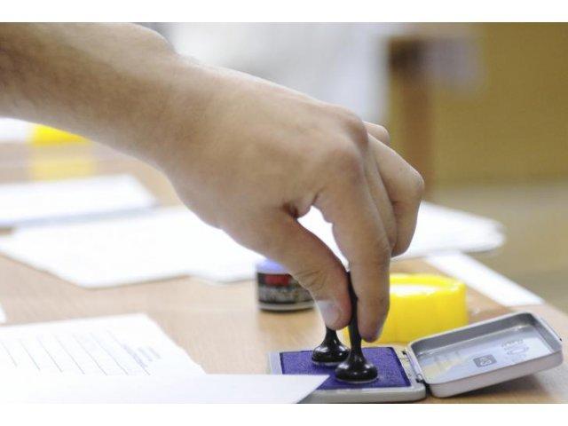 PSD si PNL sunt aproape la egalitate in intentia de vot pentru alegerile europarlamentare
