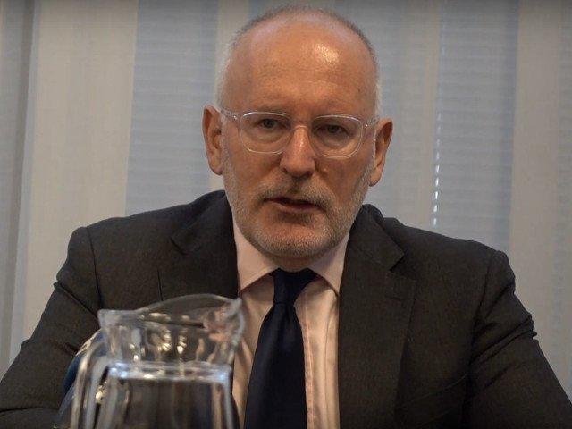 Timmermans: PSD are un comportament total inaceptabil pentru familia mea politica