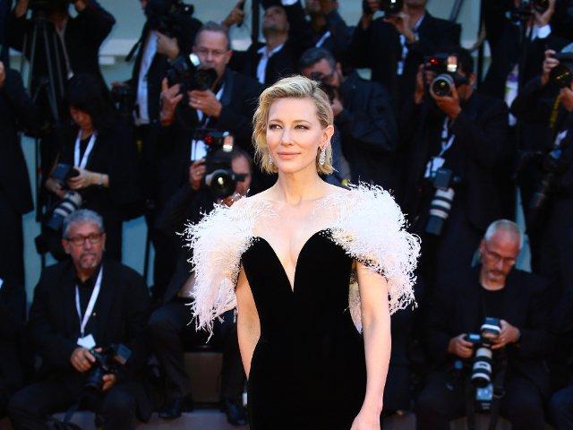 Eleganta si stil la nivel inalt: 15+ tinute purtate de Cate Blanchett care pun in evidenta feminitatea