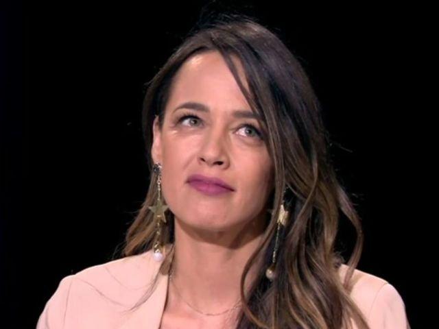 """Raspunsul Andreei Raicu la intrebarea """"Esti mandra ca premierul Romaniei este o femeie?"""""""