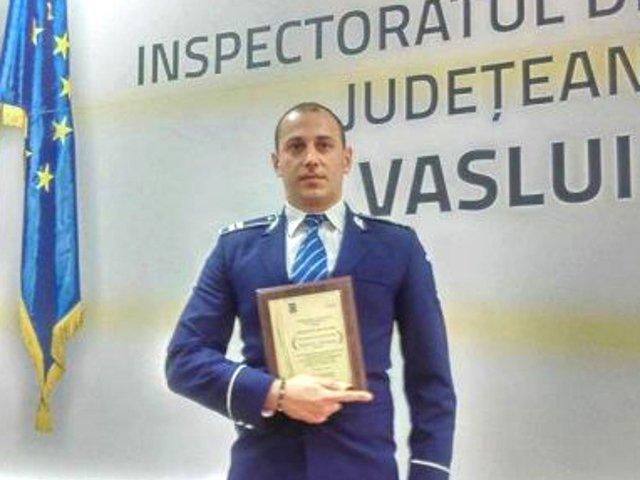 """Un politist din Vaslui, condamnat sa despagubeasca un hot pe care l-a prins in flagrant pentru i-a """"lezat dreptul la imagine"""""""