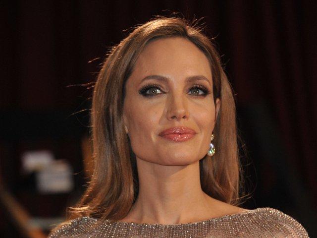 Ma gandesc la moarte mai mult decat alti oameni: 10+ citate controversate spuse de Angelina Jolie