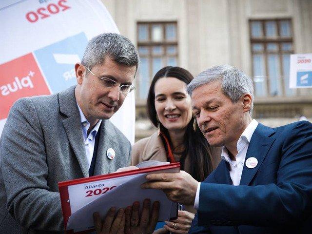 USR si PLUS anunta ca dau in judecata Posta Romana pentru ca a refuzat sa distribuie pliantele electorale ale Aliantei 2020