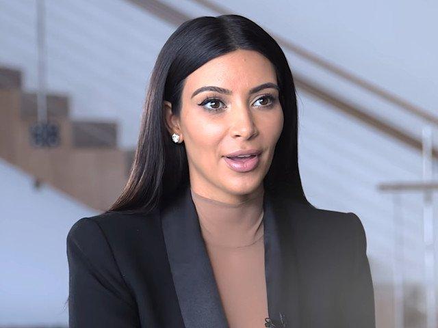 Kim Kardashian vrea sa devina avocat. Isi face stagiatura intr-un cabinet din San Francisco