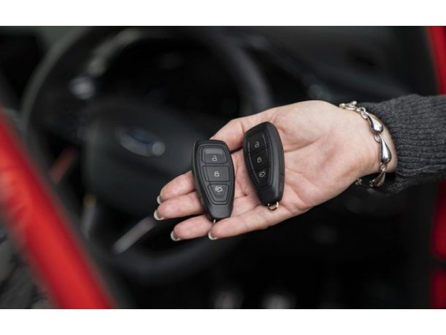 Ford a gasit un raspuns istet la hotii tehnologizati: cheia inteligenta care intra in modul Sleep cand nu e folosita