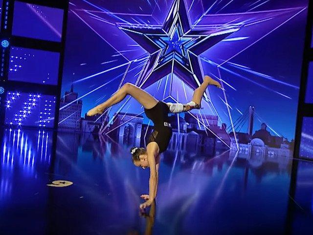 """A murit Emma Neagu, gimnasta de 15 ani care a participat la """"Romanii au talent"""" in acest sezon"""