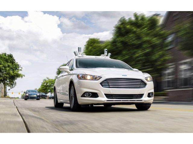 "Ford da inapoi pe subiectul masinilor autonome: ""Am supraestimat sosirea acestora pe piata"""