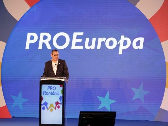 "Ponta sustine ca voteaza ""da"" la referendum daca politicienilor condamnati li se interzice sa nu mai ocupe o functie publica"