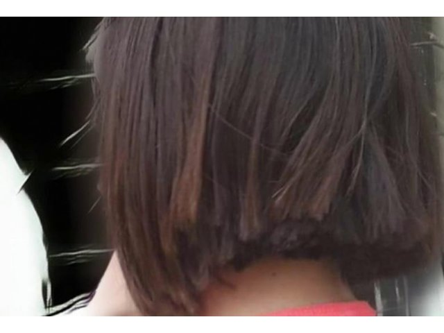 """Marturia elevei tunse la scoala de profesoara: """"A intrat in clasa foarte tulburata si mi-a trantit foarfeca pe banca"""" / VIDEO"""
