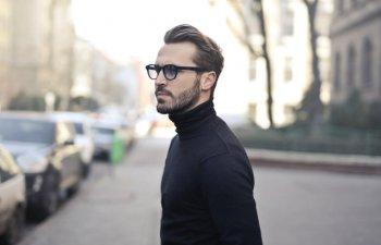 10 semne care indica stima de sine scazuta a unui barbat