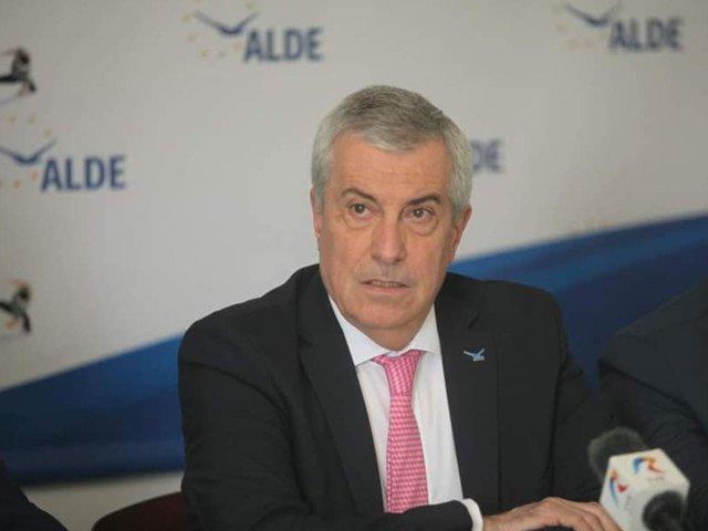 Tariceanu, dupa ce Iohannis a semnat pensionarea lui Lazar: Final cu happy-end pentru doua personaje patetice