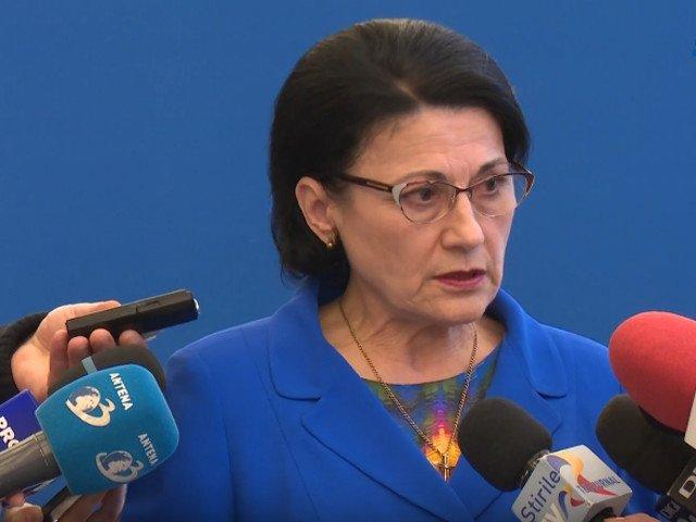 Ecaterina Andronescu: Invatamantului obligatoriu i se adauga ultimii doi ani de gradinita si ultimii doi ani de liceu