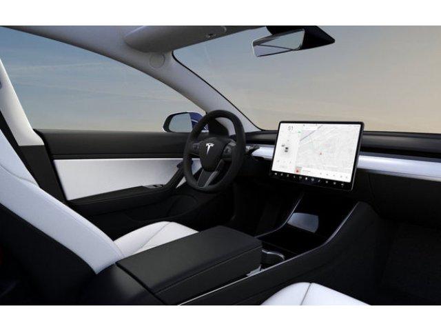 """Noi declaratii controversate din partea lui Elon Musk: """"Anul viitor lansam taxi-uri autonome, in 2021 vom face o masina fara volan si pedale"""""""