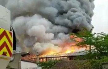 Un nou incident in Franta. Un incendiu puternic a izbucnit in Versailles/ VIDEO