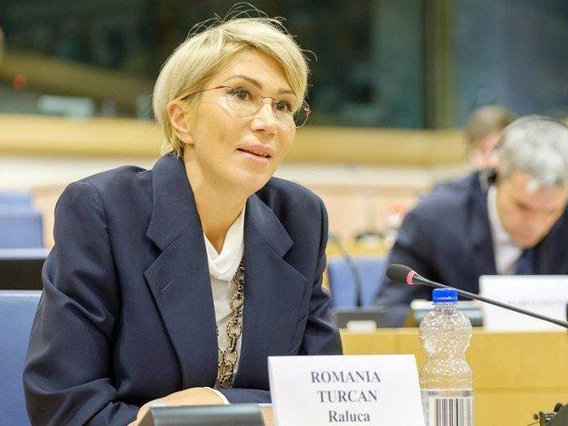 Raluca Turcan: Guvernul PSD-ALDE are oficial zilele numarate