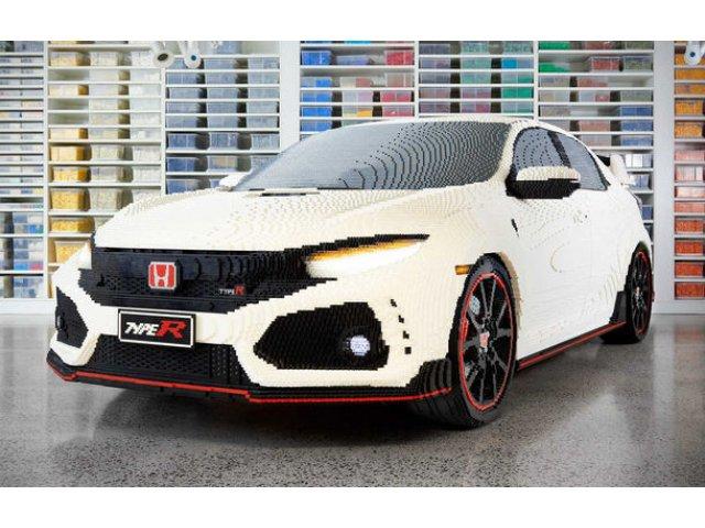Lego a construit un Civic Type R in marime naturala: Hot Hatch-ul este fabricat din peste 320.000 de piese