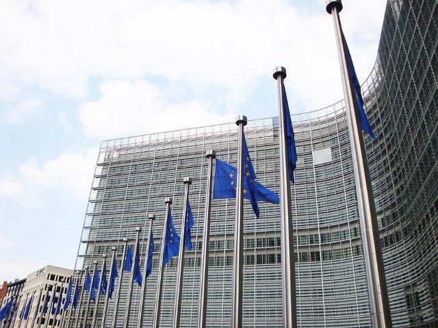 Comisia Europeana, dupa modificarile Codurilor penale: Daca preocuparile noastre nu sunt abordate, Comisia va trebui sa actioneze rapid