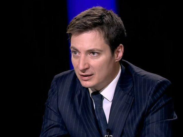 Andrei Caramitru nu mai este consilierul presedintelui USR, Dan Barna