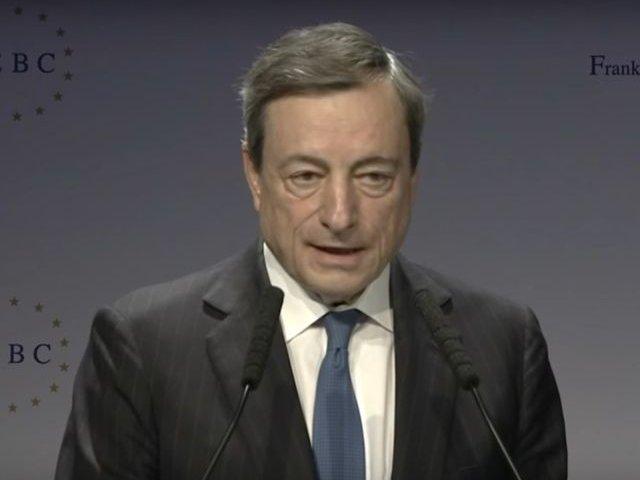 Financial Times: BCE ar trebui sa construiasca punti de legatura cu capitalele nationale pentru a contracara amestecul politicienilor