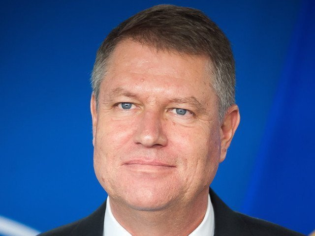 Iohannis: Oamenii ma intreaba - este democratia in Romania sub amenintare, este societatea in pericol?