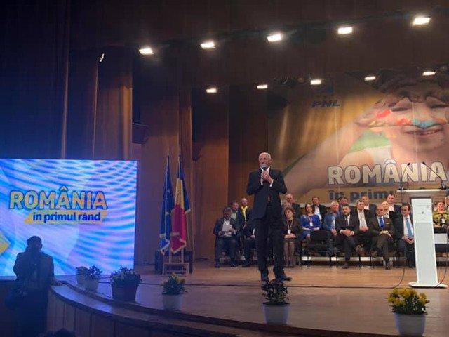 PNL cere demisia prefectului din Botosani si a unor directori, pe motiv ca ar fi participat la o actiune electorala a PSD
