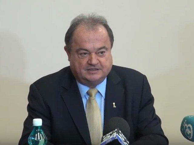 Vasile Blaga: Saptamana trecuta, in Bucuresti, un kilogram de cirese era la acelasi pret ca mielul de Pasti, 100 de lei. Asta-i PSD-ul