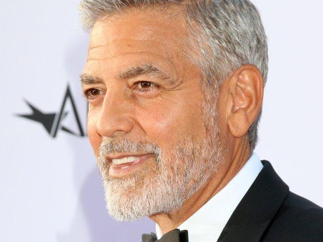 George Clooney a negat ca va fi nasul primului copil al ducilor de Sussex