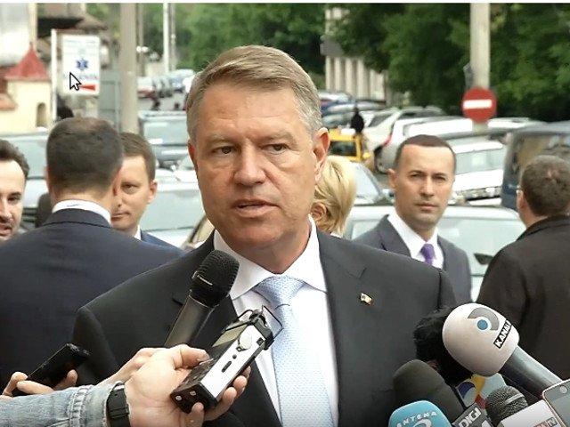 Iohannis: Este pacat ca avem parte de o guvernare pesedista esuata in acest moment festiv/ VIDEO