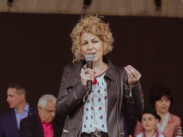 Carmen Avram, la Iasi: Au incercat sa va dezbine si sa va intimideze. Ma uit la voi cata forta aveti si cat de frumosi sunteti