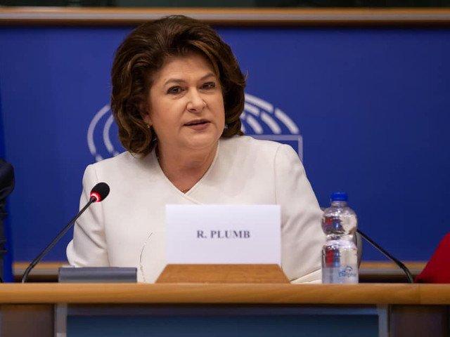 Rovana Plumb: Sa vedem daca partidul din care face parte Timmermans va trece pragul in Olanda