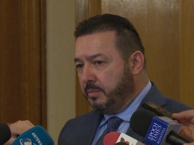 Radulescu, despre maneaua dedicata PSD: Este foarte buna si se adreseaza celor din electoratul nostru carora le plac manele
