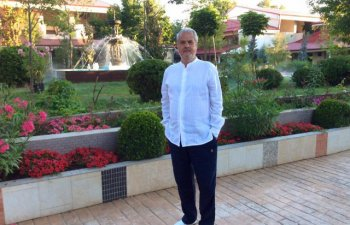 Adrian Nastase: Nu intrati in jocul electoral al presedintelui Iohannis