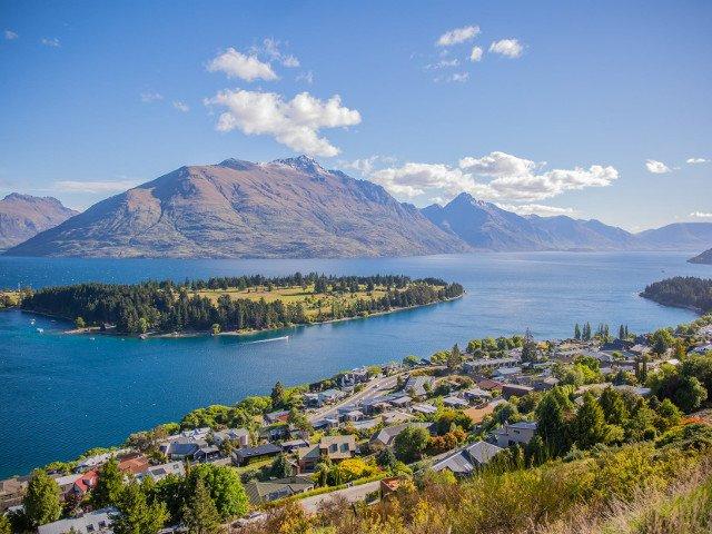 Noua Zeelanda va percepe turistilor o taxa de intrare pentru a proteja mediul