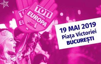Manifestatia `Toti pentru Europa`, in Piata Victoriei. Concerte si mesaje transmise pentru a incuraja participarea la vot