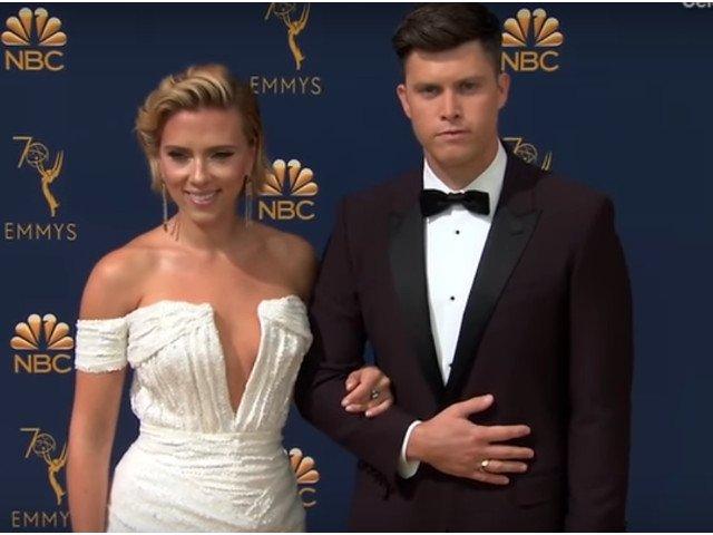Scarlett Johansson si Colin Jost s-au logodit dupa doi ani de relatie