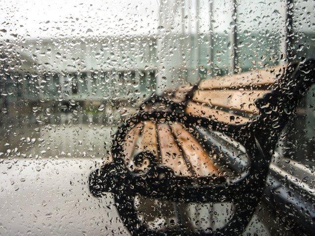 Cod GALBEN de ploi, prelungit pana marti dimineata