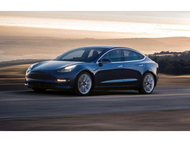 """Elon Musk sustine ca Tesla risca sa ramana fara bani in 10 luni: """"Avem nevoie de masuri radicale pentru reducerea costurilor"""""""