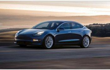 Elon Musk sustine ca Tesla risca sa ramana fara bani in 10 luni: