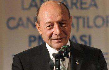 Basescu: Indemn toti oamenii sa mearga la referendum sa voteze DA, chiar daca nu inteleg a doua intrebare