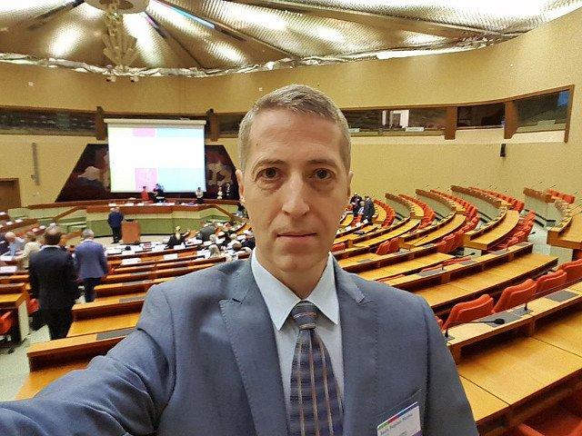 Membru CNA, dupa acuzatiile lui Iohannis: Ma gandesc daca n-ar trebui sa raspund cu o plangere penala